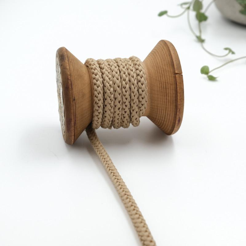 cordon-tricote-au-metre-cordon-rond-au-metre-lacet-au-metre-040-beige-fonce