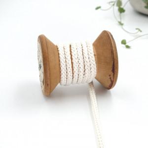 cordon-tricote-au-metre-cordon-rond-au-metre-lacet-au-metre-051-ecru