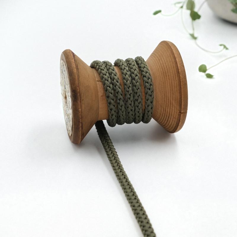 cordon-tricote-au-metre-cordon-rond-au-metre-lacet-au-metre-058-vert-kaki