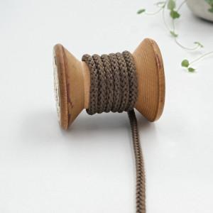 cordon-tricote-au-metre-cordon-rond-au-metre-lacet-au-metre-060-taupe