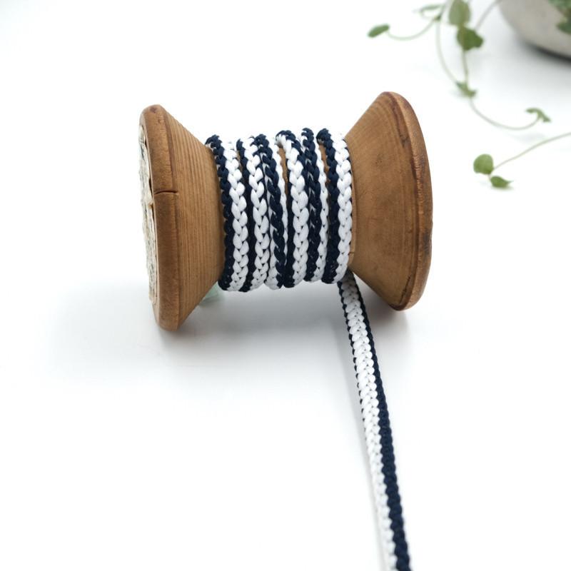 cordon-tricote-au-metre-cordon-rond-au-metre-lacet-au-metre-127-bleu-marine-et-blanc