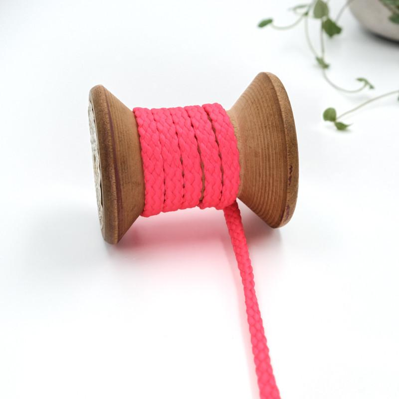 cordon-tricote-au-metre-cordon-rond-au-metre-lacet-au-metre-000-rose-fuchsia
