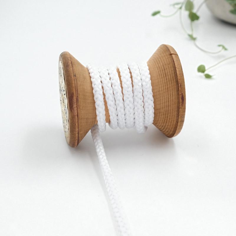 cordon-tricote-au-metre-cordon-rond-au-metre-lacet-au-metre-001-blanc