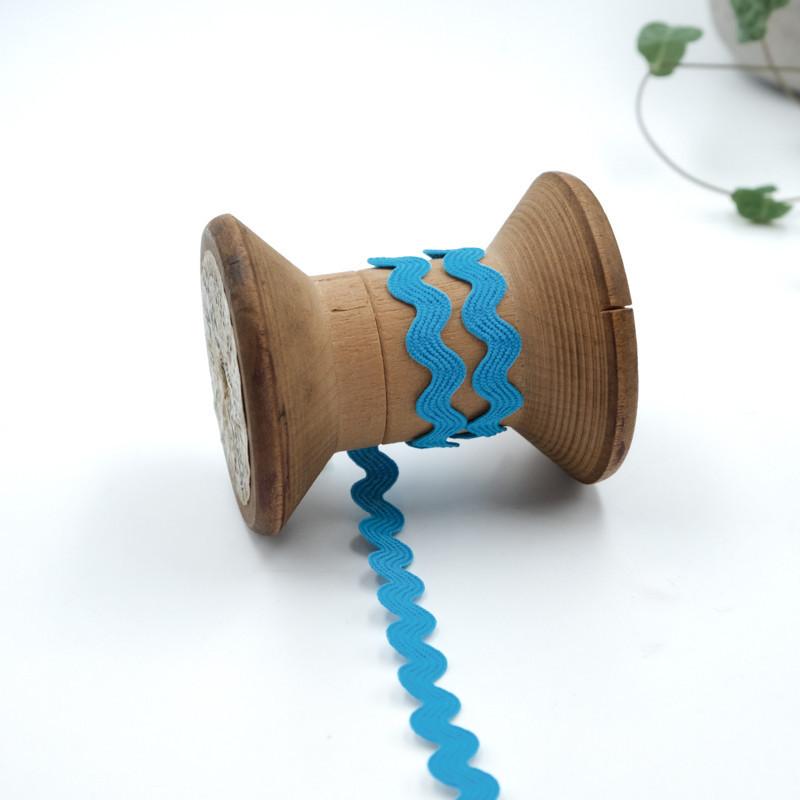 Ruban serpentin bleu turquoise Ruban serpentin