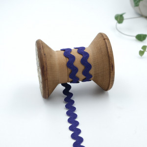 Ruban serpentin violet Ruban serpentin