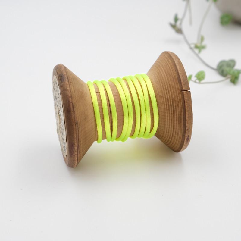 109-queue-de-rat-au-metre-cordon-pas-cher-au-metre-fil-pour-bracelet_jaune-fluo