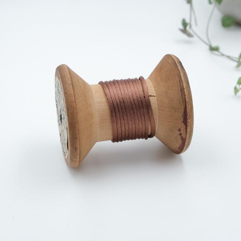 queue-de-souris-au-metre-cordon-pas-cher-au-metre-fil-pour-bracelet-056-marron