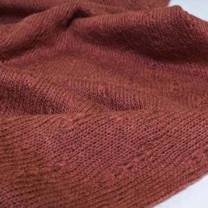 Tricot léger / laine tissee
